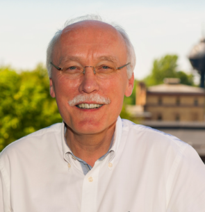 Prof. Dr. Dirk Böndel